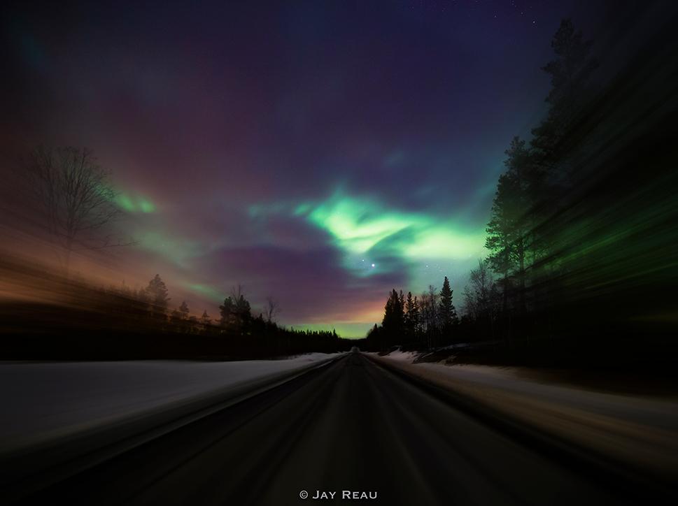 lightspeed_aurora_road